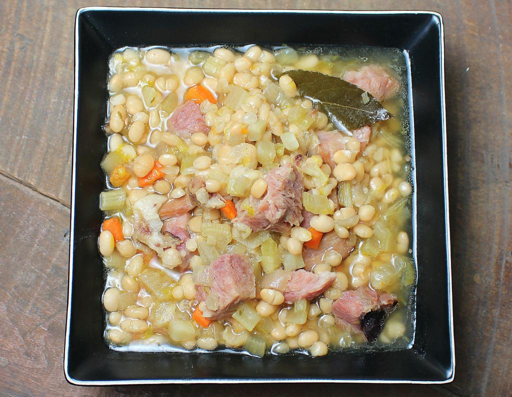 Easy Crockpot Beans with Ham